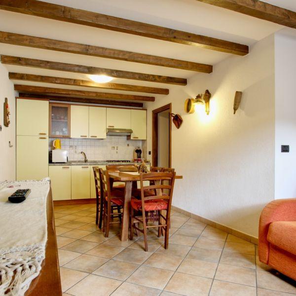 biancaneve-casa-vacanza-valle-d-aosta-italy-003355101CF-FE49-976F-3246-623E5D6C460C.jpg
