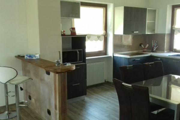 casa-vacanza-aosta-007B1FE2FB7-9285-9A71-DBB6-53FC505A6BF4.jpg