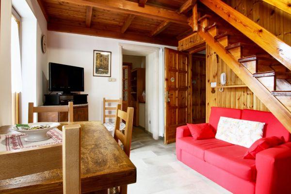 cucciolo-casa-vacanza-valle-d-aosta-italy-0049DAB27A3-271F-9196-1E78-04CF27741061.jpg