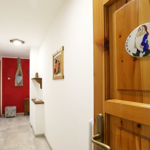 pisolo-casa-vacanza-valle-d-aosta-italy-001D33CB504-2478-D603-A9DA-E20C1DCF6F6E.jpg