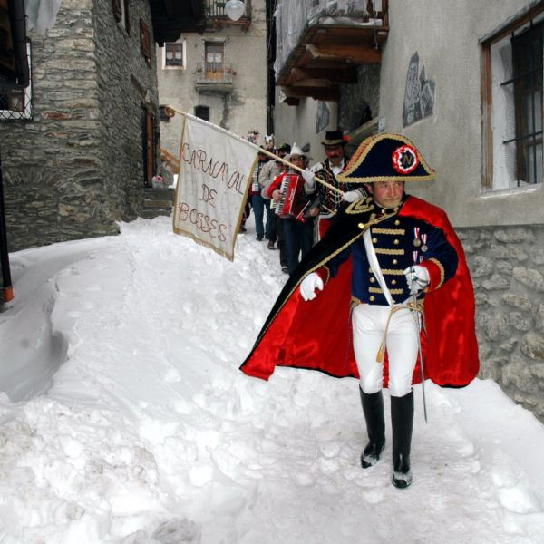 carnevale-saint-rhemy-en-bosses-00191C99885-EBE9-F48D-5725-27619E05C9FF.jpg