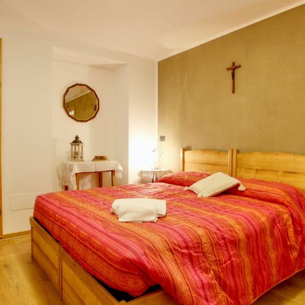 brontolo-casa-vacanza-valle-d-aosta-italy-012BAA06A08-5598-56A1-5B1B-E063B2E10814.jpg