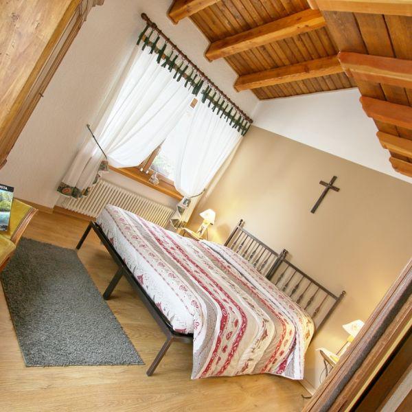 dotto-casa-vacanza-valle-d-aosta-italy-004CDFECA9D-58F5-EDD0-06E2-A5D500D9384C.jpg