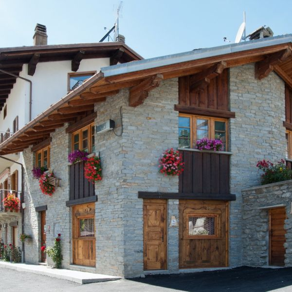 casa-vacanza-saint-rhemy-en-bosses-aosta-00133E249C1-6C06-F182-A776-4AC191471D37.jpg