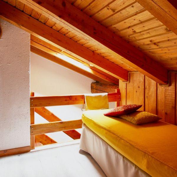gongolo-casa-vacanza-valle-d-aosta-italy-0206CE3F0A0-5760-0466-2F69-3F51497D4D81.jpg