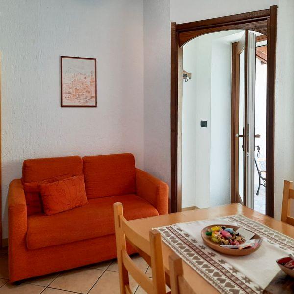 cucina-casa-vacanza-mammolo-001-000295D14867-2073-AB83-59B6-6FD39144ECFB.jpg