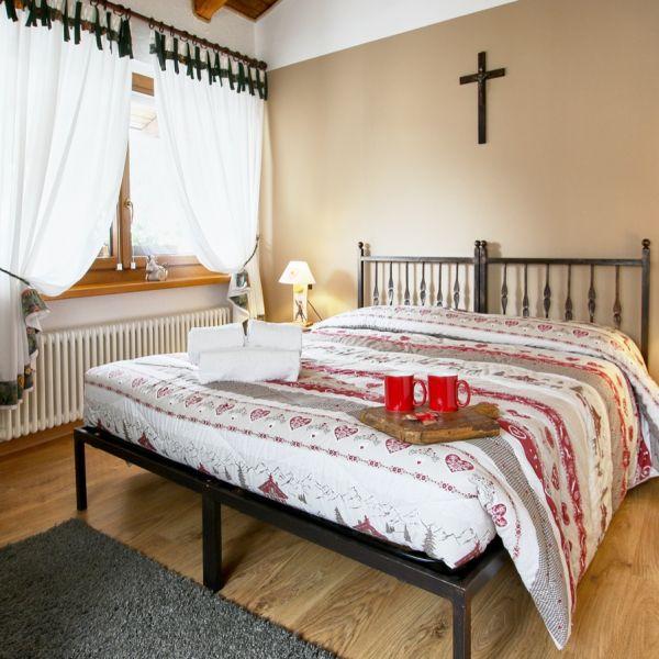 dotto-casa-vacanza-valle-d-aosta-italy-011EEF342EE-6B4D-5834-E342-EB5168067629.jpg